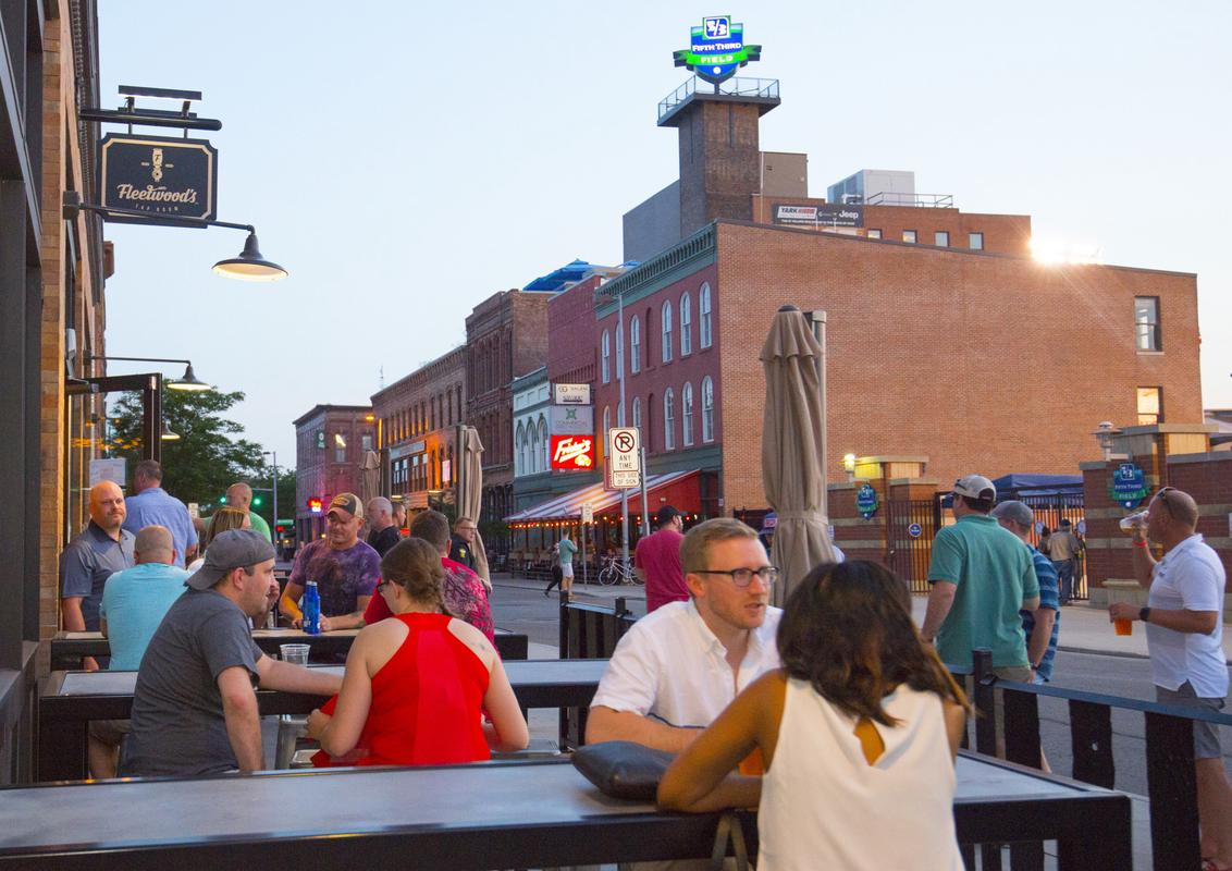 Outdoor patios and public space at Hensville Park in Toledo, OH.