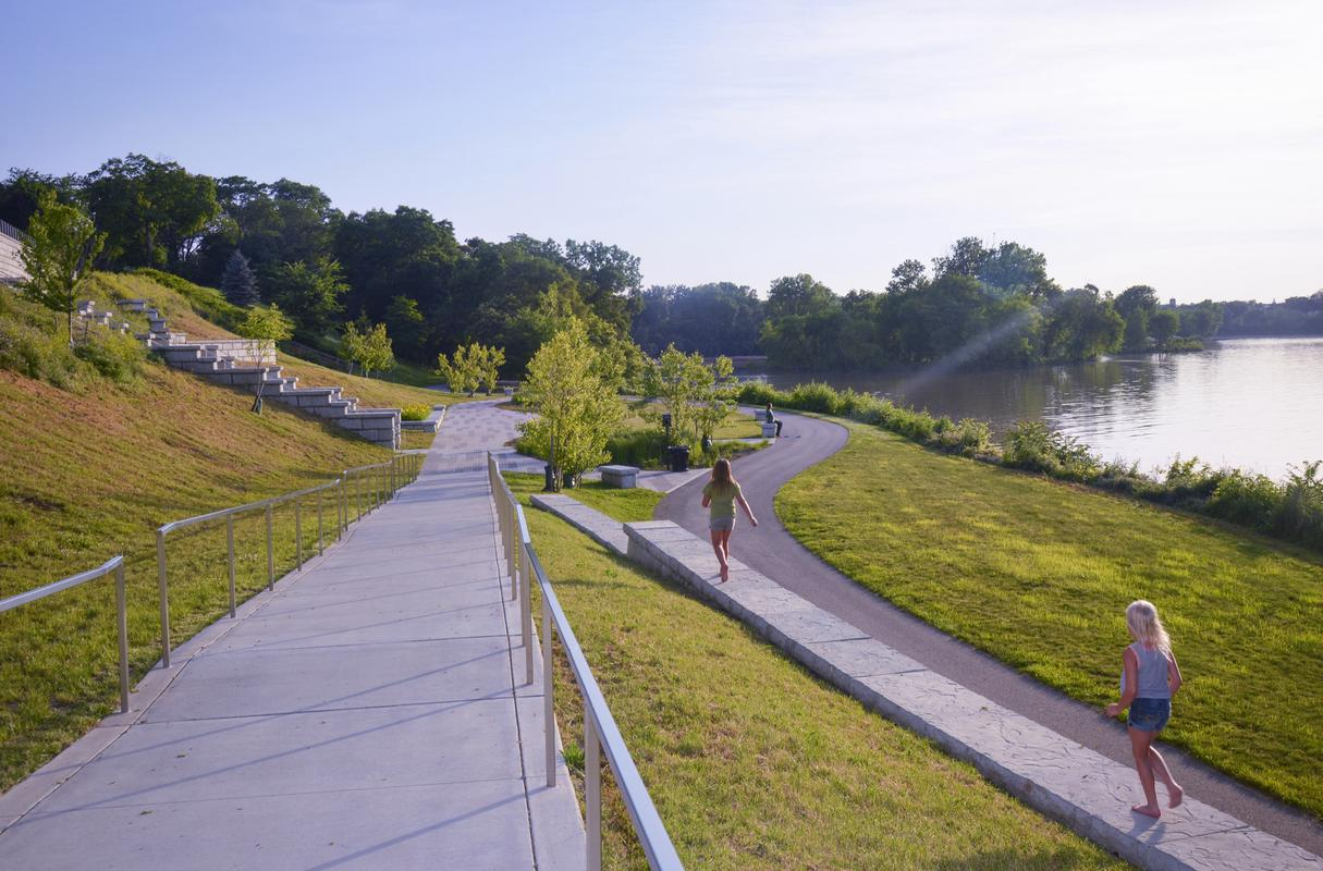 Multiple pathways along the river at Perrysburg Riverside Park.